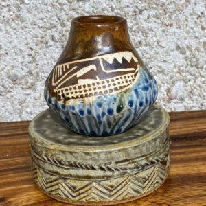 Small porcelain vase with Polynesian tattoo design